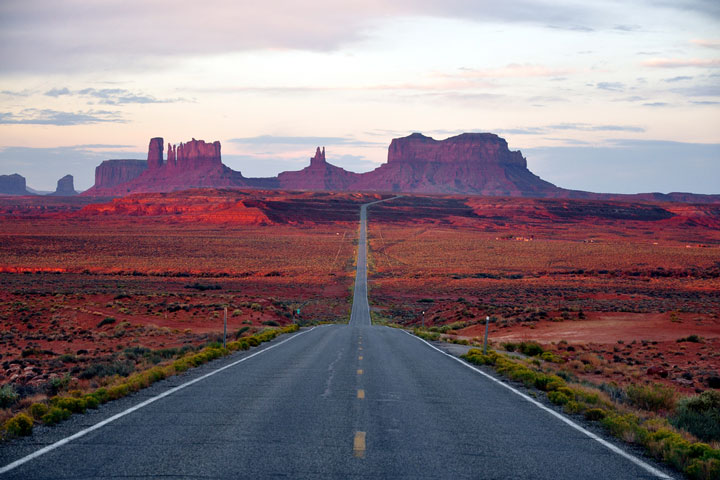 Monument Valley Road in Arizona